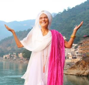 HEADSHOTS Satya sisters_gurmukh